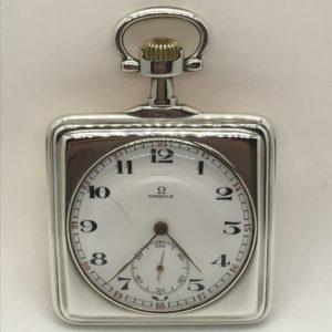 5cf10eb0eb2 Starožitné 2 plášťové stříbrné hodinky Omega
